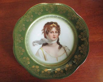Queen Louise Of Prussia Bavarian Porcelain Plate With A Gold Trim
