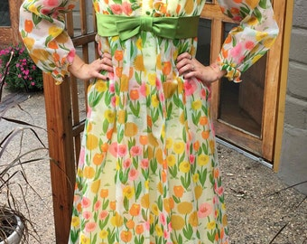 Vintage 1970's Floral Prom or Bridesmaid Dress