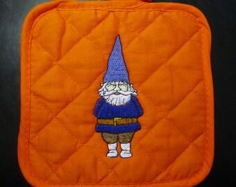 Gnomeo Potholder