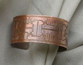 Copper cuff Modern Style - Unique bracelet with a very rich patina - One of a kind Handmade
