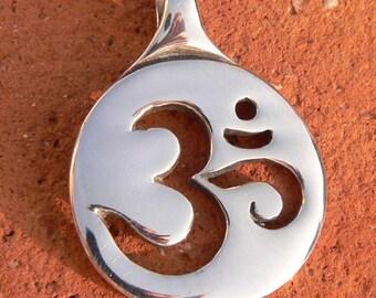 Om Pendant  - Yoga & Meditation Collection - Silver Symbolic Jewelry