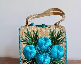 70s Boho Woven Wicker Jute Purse With Blue Flower Design, Beach Woven Bag, Tropical Tiki Knit Purse, Hippie Bohemian Tote, Boho, Island