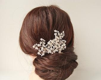 Baby's Breath Hair Piece, Floral Bridal Hair Pins, Pearl Hair Pins, Wedding Hair Accessories, Delicate Pearl Wreath, Beaded Bridal Hair Vine