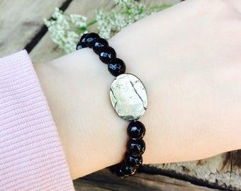 Black agate and Pyrite stretch bracelet, Gemstone jewelry, stone bracelets, Drisain