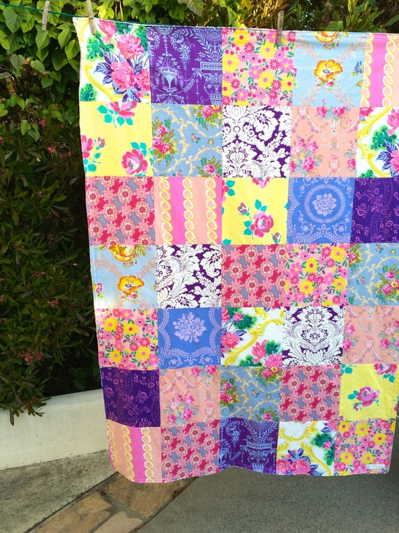 READY TO SHIP 40x56 Purple Periwinkle Throw
