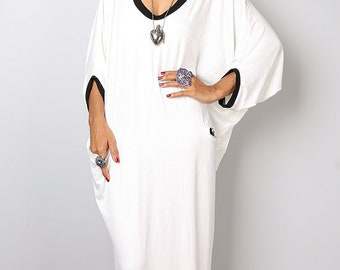 Black and Off White Maxi Dress -  Loose Fit 3/4 Sleeve off white dress : Autumn Thrills Collection No.14  (New Arrival)