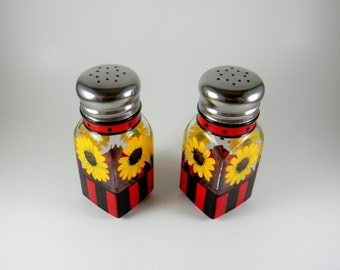 Sunflowers Hand Painted Salt & Pepper Shaker Kitchen Set / Red and Black Kitchen Decor READY TO SHIP