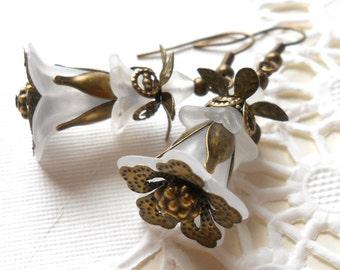 lucite flower earrings white flower earrings white dangle earrings brass earrings victorian styles white filigree earrings gift for her