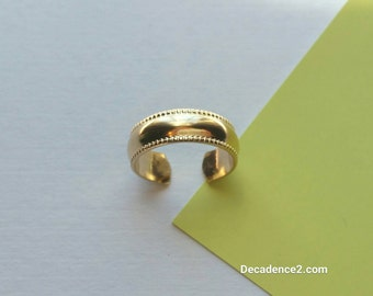 Wide Smooth Half Round Yellow Gold Filled Toe Ring, Twist Edges, Foot Bling