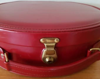 Vintage Red Glamourpuss Beauty Case/Vinyl/Made in NSW/Suitcase/Travel Bag/Shop Prop