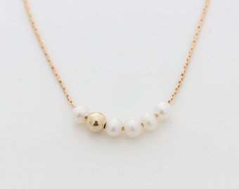 Pearl Beads Necklace • Gold necklace with freshwater pearls beads • Gifts for her