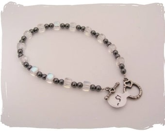 Hematite and Glass Bracelet with toggle clasp