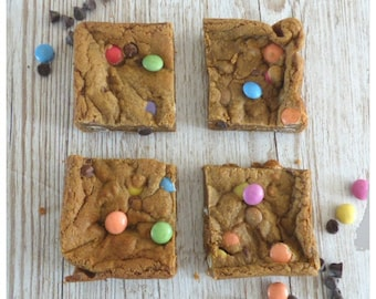 Smarties Cookie Squares (Box of 4 or 9)