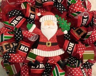 Christmas Wreath, Santa Wreaths, Santa, Christmas wreaths, Christmas decor, santa wreath, mesh christmas wreath, bulb wreath