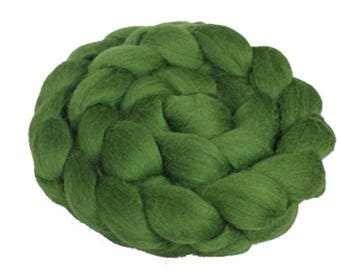 Choose Your Green: 100 gm Fine Merino Combed Top in Shades of Green for Spinning, Felting