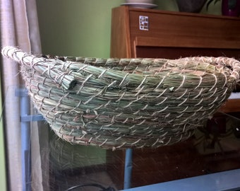 Herbal basket for fruits