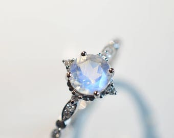 Moonstone Engagement Ring Blue Moonstone Engagement Ring 18k 14k Gold Moonstone Wedding Ring Antique Vintage Moonstone Engagment Ring