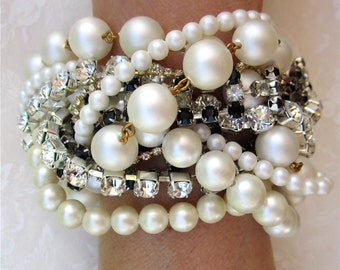 Chunky Pearl Bridal Bracelet, Custom Bridal Jewelry, Custom Wedding Jewelry, Custom Bridal Bracelet, Custom Wedding Bracelet for Bride