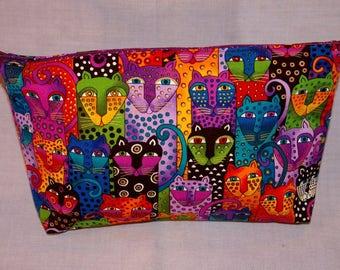 Stylized Cats Zippered Bag