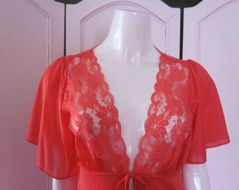 """1970s Full-Length  Red Nylon Peignoir with Lace by """"Circle III, New York,"""" Size S"""