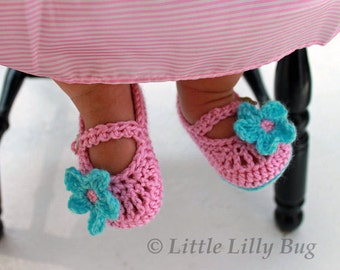 Crochet Mary Jane Baby Booties, Baby Shoes, Pink and Aqua Booties, Baby Slippers, sizes 0-3 months, 3-6 months, 6-12 months