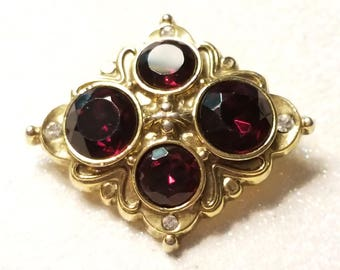 Vintage Red And Clear Rhinestone Pin Brooch Goldtone
