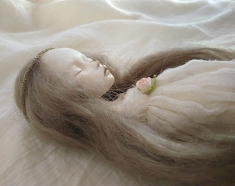 Pearl, ooak sculpted doll, 31 cm (12,20 inches), articulated doll, bjd.