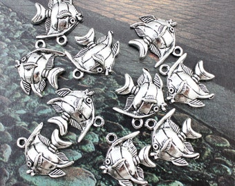 10 Fish Charms Fish Pendants Antiqued Silver Tone 20 x 25 mm