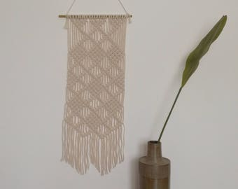 macrame wall / curtain / upholstery / suspension