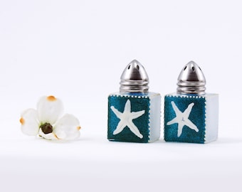 Mini salt and pepper shakers, Blue shakers, Beach decor,  - Sea Glass Collection