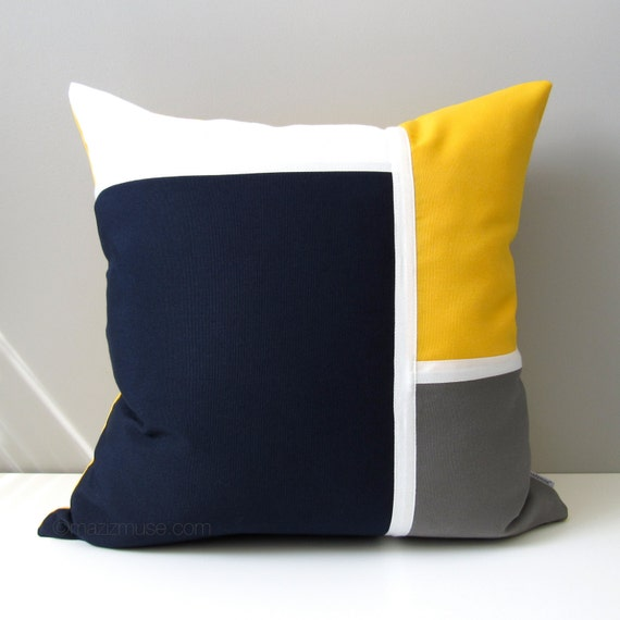Beautiful Decorative Navy Blue & Yellow Outdoor Pillow Cover Nautical CG88