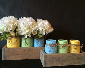 Distressed Mason Jars (Set of 3)