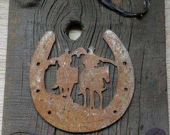 Rustic Decorated Barnwood Wall Plaque Horseshoe Cowboy