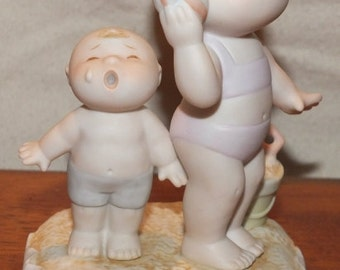 "1984 Family Circus ""Audio Trouble"" Dolly  & PJ Figurine"