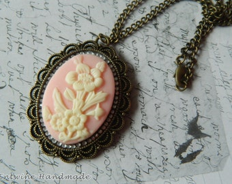 Pink Cameo Necklace Kawaii Lolita Pretty Antique Gold Fashion Jewellery Diamante English Traditional Steampunk Japanese Pastel Goth