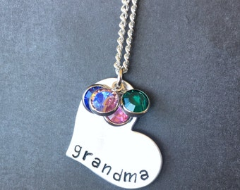 Christmas Gift for Grandma - Grandma Jewelry - Grandma Personalized Heart Necklace - Birthstone Jewelry - Silver Heart - Jewelry for Grandma