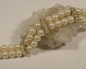 Pearl and clear rhinestone bracelet