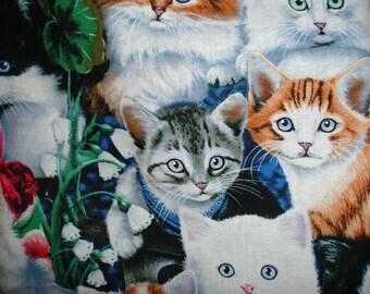 Kittens/Cats Faces print plastic bag holder