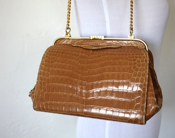 Vintage Lucille De Paris Structured Alligator Handbag