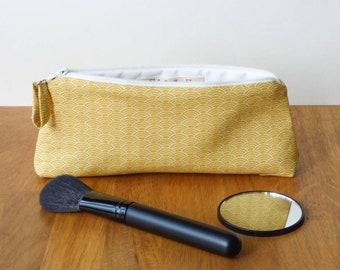 Petite trousse de sac, motif vague japonaise sur fond jaune