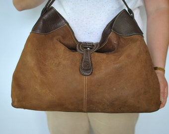Vintage LEATHER HANDBAG ......(173)