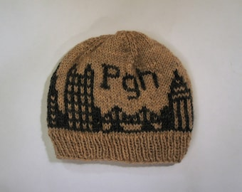 Pittsburgh Skyline Knit in Gray