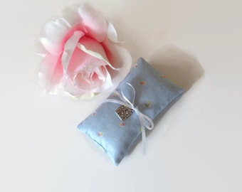 Lavender Sachets, Girls Night Out Scented Sachets, Set of 2 Lavender Sachets, Dried Lavender filled Little Pillows, Eco Friendly Cotton