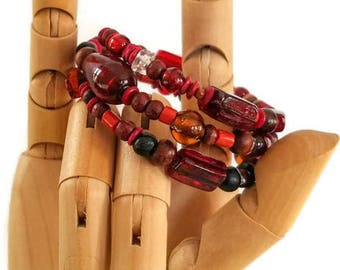 Red glass and wooden beaded memory wire bracelet