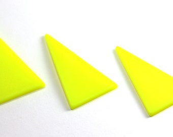 90s' Fluorescent Yellow Triangles. Vintage Geometric Fluo Form. 3 Pieces.