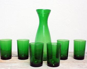 Set bottle and glasses vintage emerald