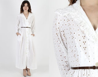 White Maxi Dress Eyelet Dress Pockets Dress 60s Dress Vintage 1960s Floral Embroidered Summer Cotton Day Lounge Sheer Long Dress M