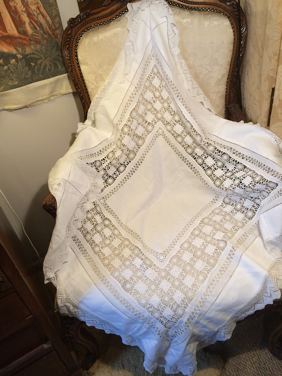 Edwardian drawnthreadwork handworked tablecloth. Strong. Good. 38 ins square