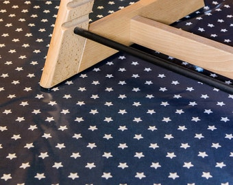 High chair Mat - splash mat, baby weaning mat, mat for under high chair, messy play mat.  Stylish, wipe clean and durable.  Navy Stars