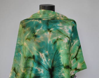Vintage HANDMADE SILK SCARF , hand rolled scarf, hand dyed scarf.........(304)